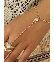 pulsera de oro con diseño de cadena de flecha de diamantes