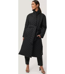 na-kd trend quilted long jacket - black