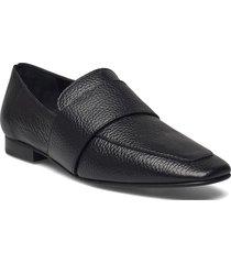 vivi black leather loafers låga skor svart flattered