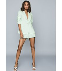 reiss lana - textured tailored shorts in green, womens, size 10