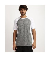 camiseta masculina esporte ace recorte com tela proteção uv 50+ manga curta e gola careca cinza mescla
