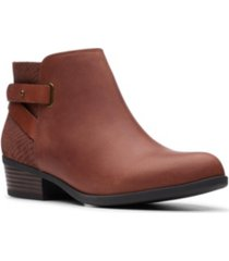 clarks collection women's addiy gladys ankle leather booties women's shoes