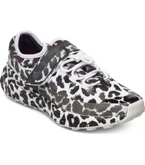 outdoor boost s. shoes sport shoes running shoes svart adidas by stella mccartney
