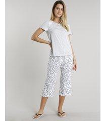 pijama feminino estampado floral com bolso e botões manga curta cinza mescla claro