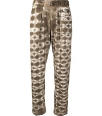 raquel allegra tie-dye print straight-leg trousers - brown
