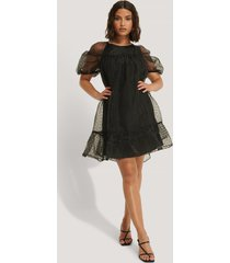 na-kd boho dobby organza mini dress - black