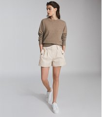 reiss brooklyn - pocket front tailored shorts in neutral, womens, size 12