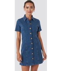 na-kd button up denim mini dress - blue