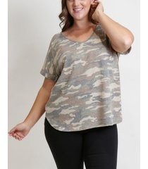 plus size camo print v-neck rolled sleeve t-shirt
