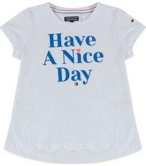 camiseta blanco-azul tommy hilfiger