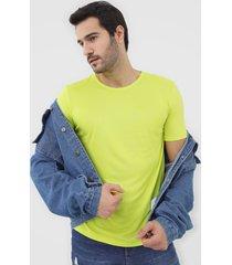 camiseta hering neon verde - verde - masculino - viscose - dafiti