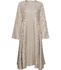 alisha, 1099 viscose jacquard knälång klänning beige stine goya