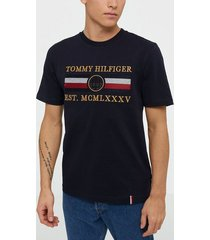 tommy hilfiger icon stripe relaxed fit tee t-shirts & linnen desert