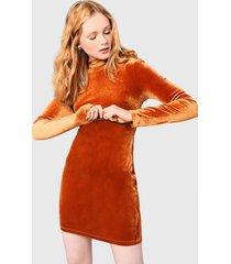 vestido glamorous camel - calce ajustado