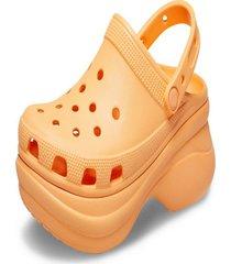 sandália crocs classic bae clog w laranja.