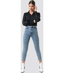 na-kd trend mom jeans - blue