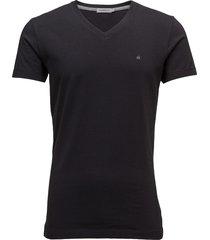 buck vn tee ss t-shirts short-sleeved svart calvin klein jeans