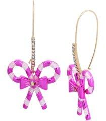 betsey johnson festive candy cane dangle earrings
