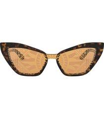 dolce & gabbana eyewear sicilian carretto print sunglasses - brown