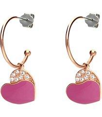 orecchini a cerchio in acciaio rosato con cuore pendente fucsia con strass per donna