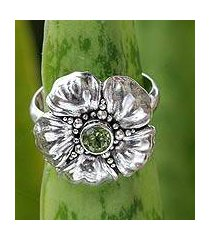 peridot flower ring, 'hibiscus' (indonesia)