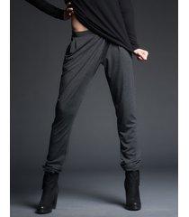 spodnie z kieszeniami ciemnoszare