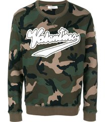 logo patch camouflage sweatshirt