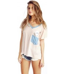pocket bun romeo v-neck tee