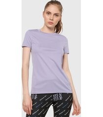 camiseta lila reebok essentials speedwick