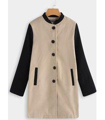 abrigo de manga larga de color caqui y negro de un solo pecho diseño