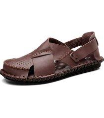 sandali in pelle traspirante con foro cucito a mano da uomo