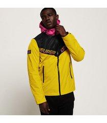 chaqueta con capucha rompe vientos para hombre axis jacket superdry