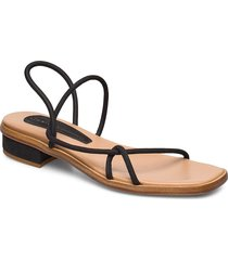 tindra shoes summer shoes flat sandals svart nude of scandinavia