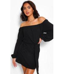 off shoulder belted shift dress, black
