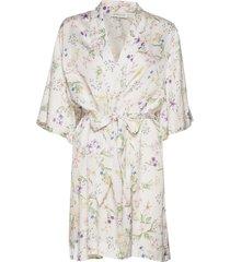 emma robe morgonrock vit by malina