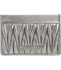 women's miu miu matelasse card case - metallic