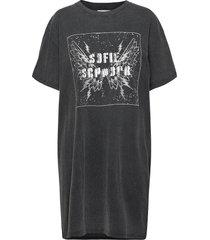 t-shirt kort klänning svart sofie schnoor
