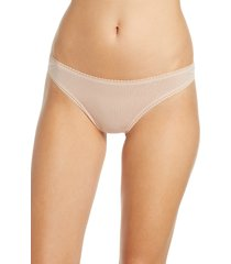 women's on gossamer hip-g mesh thong, size medium/large - beige