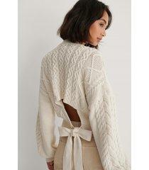 na-kd reborn kabelstickad tröja med öppen rygg - white