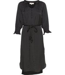 filucacr dress knälång klänning svart cream