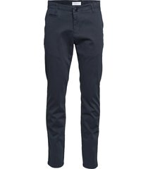 chuck regular chino pant - gots/veg chino broek zwart knowledge cotton apparel