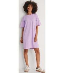 na-kd basic ekologisk boxig t-shirtklänning - purple