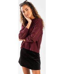 elyzza cable eyelet sleeve sweater - burgundy