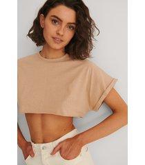 trendyol croppad t-shirt - brown