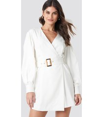 na-kd classic balloon sleeve belted blazer dress - white