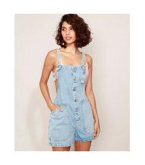 jardineira jeans feminina com bolsos azul claro