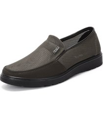 large size mesh splicing soft sole slip on casual shoes