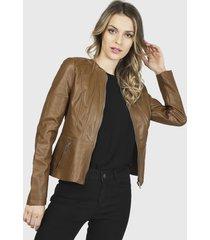 chaqueta vero moda marrón - calce regular