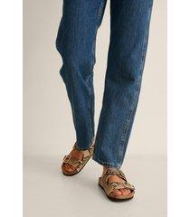 na-kd shoes slippers med spänne - brown