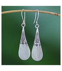 silver dangle earrings, 'fish stamp' (thailand)